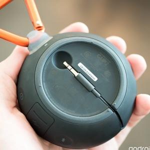 JBL Clip-on Wireless Bluetooth Waterproof Speaker