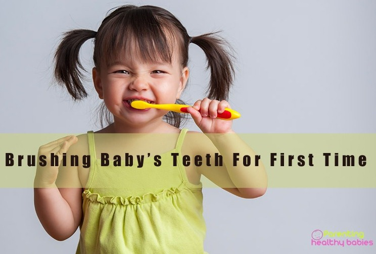 baby teeth first brushing