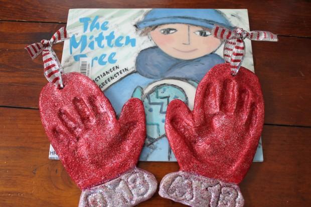 Little Gloves