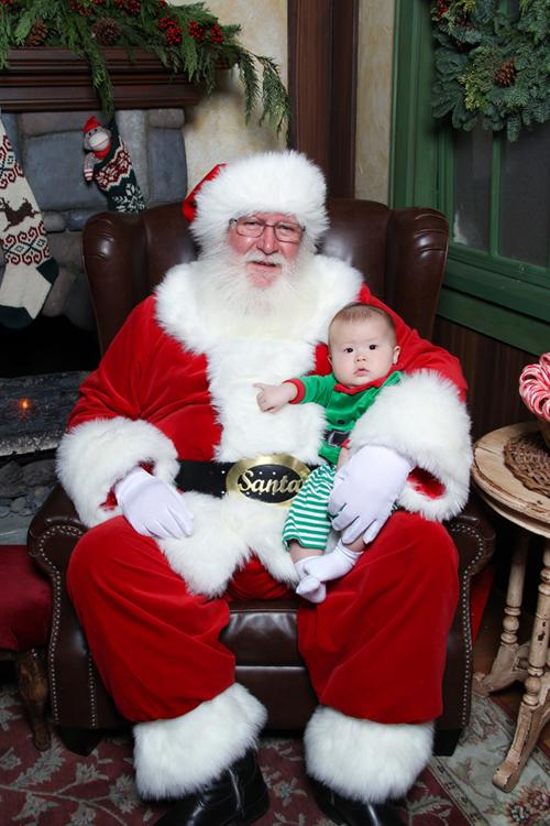 baby first christmas: Santa for the First Time