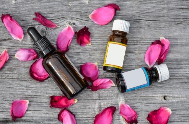 essential oils for hormonal balance