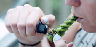 smoking weed and breastfeeding