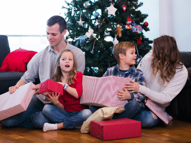 holiday gifts for family